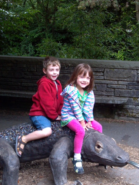 Stella and Alex at the zoo